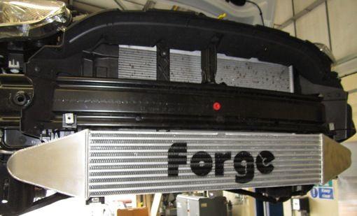 FORGE Motorsport Ladeluftkühler Ford Fiesta ST180