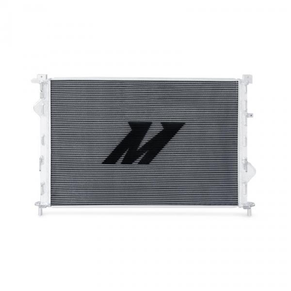 Aluminiumkern mit TIG-geschweißten Endbehältern von Mishimoto